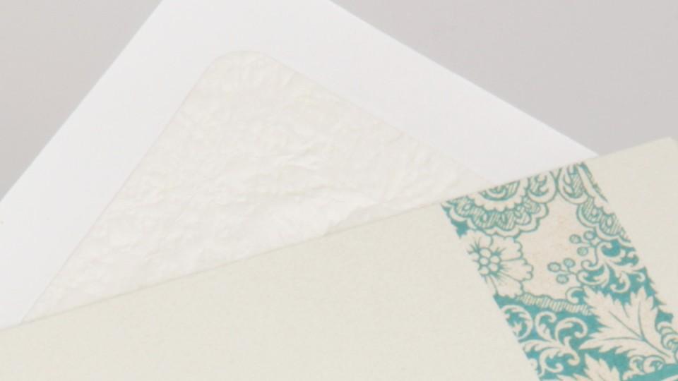 Tissue Lined Envelope